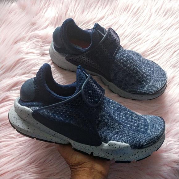 7a253ee2f NEW Nike Sock Dart SE premium